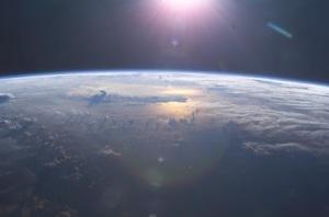 earth_orbit_sunrise_2
